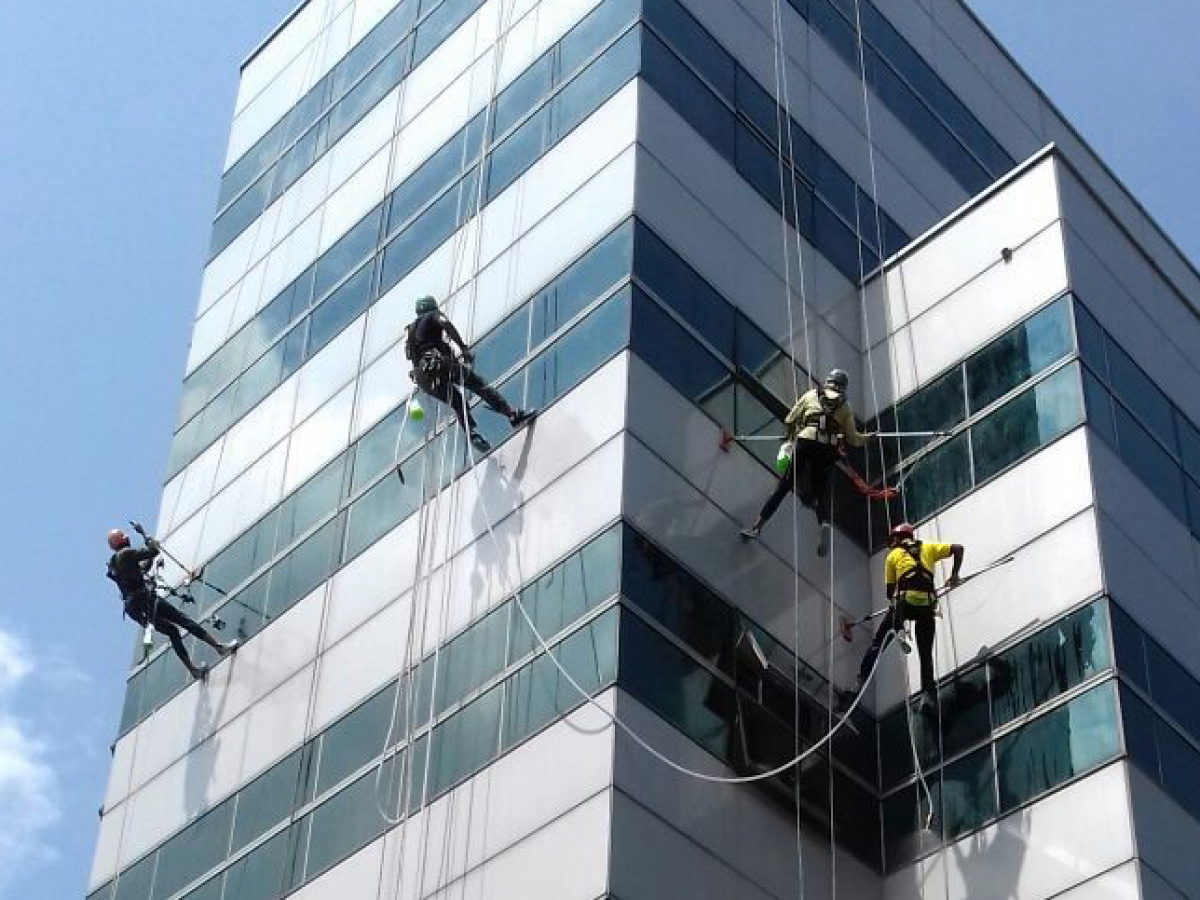 FACADE CLEANING SERVICES in Doha Qatar
