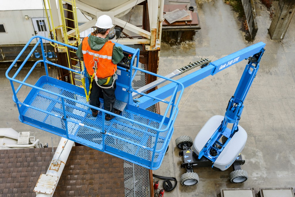 MANLIFT HIRE & SUPPLIERS in Doha Qatar
